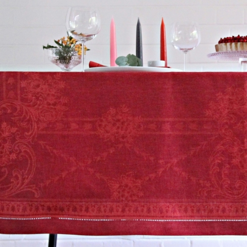 French Melody Red-Bordeaux Tischdecke